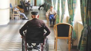 Crisis del coronavirus: Ancianos abandonados a la muerte en las residencias