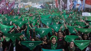 Levantamientos globales contra la opresión: el feminismo socialista es más necesario que nunca